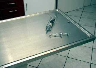 Glenside, PA Cleanroom Table